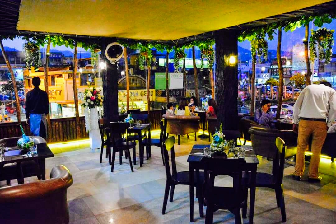 EAT Restaurant Islamabad interior review