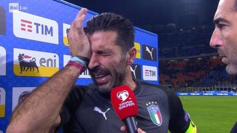 Italy Qualification fail Football soccer moments 2017